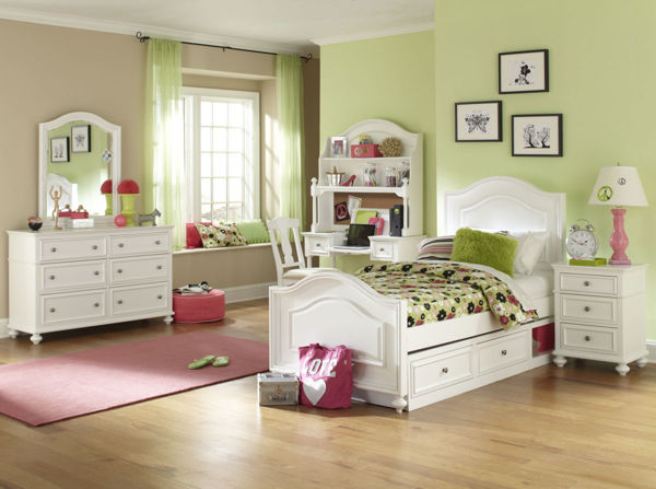Picture of Madison Natural White Painted Finish Twin Panel Bed with Optional Underbed Storage Drawer