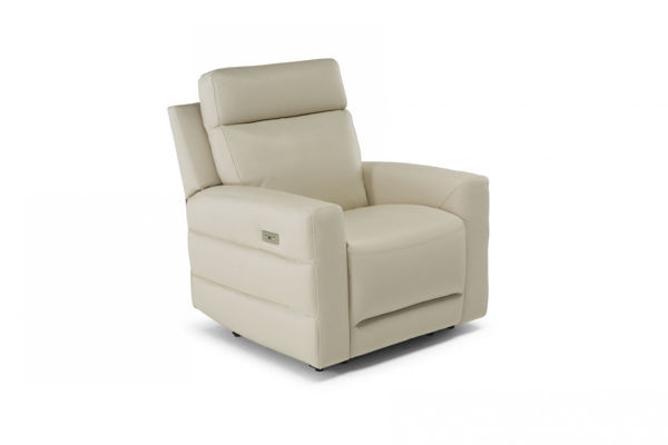 Picture of Natuzzi Editions C121 Benevolo White Power Chair