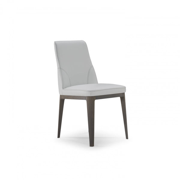 Picture of Natuzzi Italia Vesta dining chair with warm white leather cover and ash grey frame and legs.